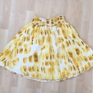 Yellow printed skirt